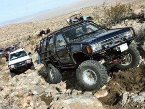 0806_4wd_01_z+allpro_off_road_jamboree+rock_crawling