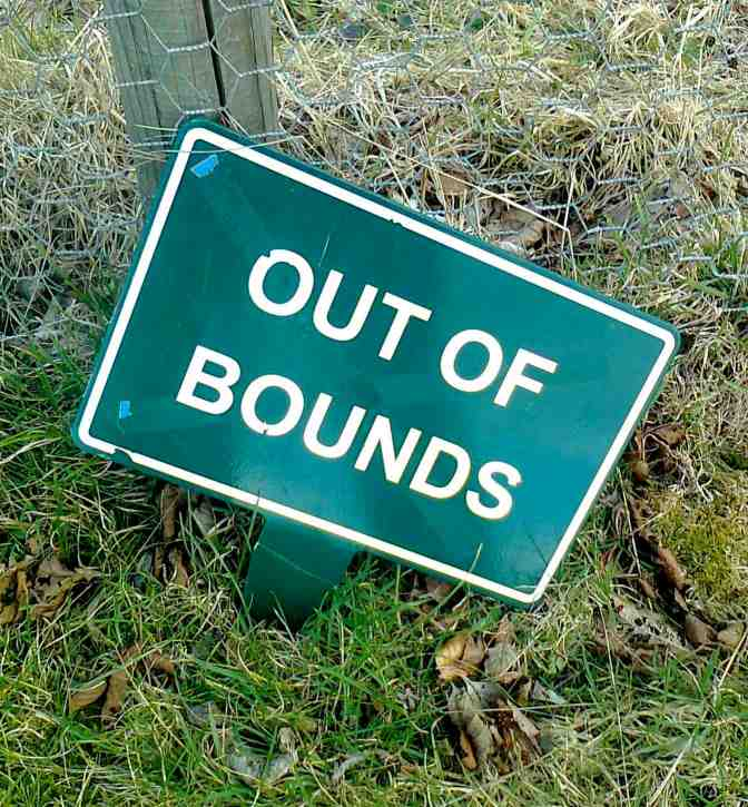 GOLF & GOD (4): Out of Bounds